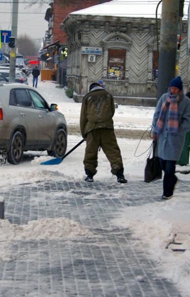 Губернатор Челябинской области Алексей Текслер вновь раскритиковал работу подрядчиков, отвечающих
