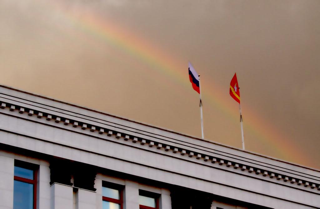 Южно-Уральский гражданский форум стартовал сегодня, 13 ноября, в Челябинске. В мероприятии приним