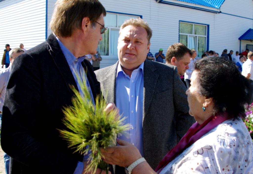 «Сельское хозяйство стремительно развивается. Несмотря на то, что Челябинская область – зона рис