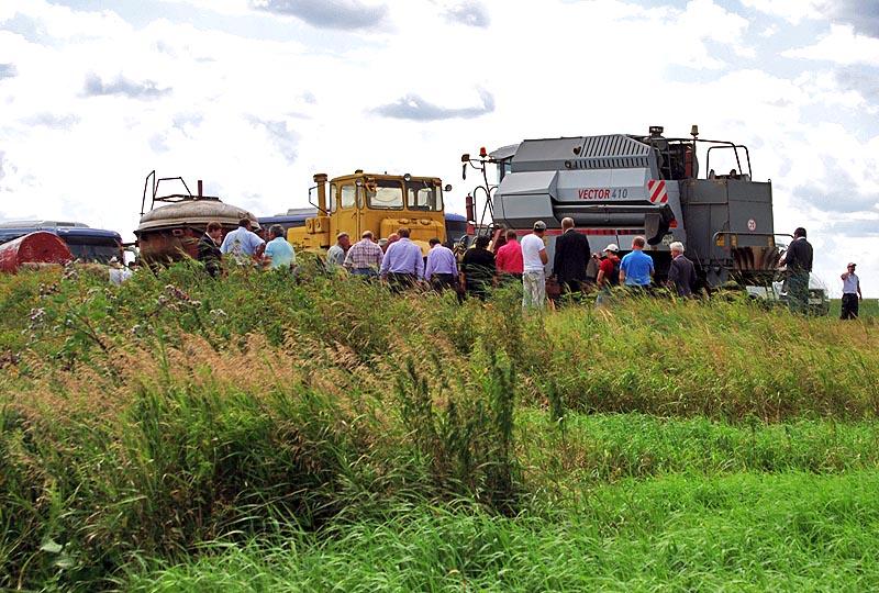 Южноуральские аграрии заготавливают корма и готовятся к уборочной кампании. Ускорить темпы
