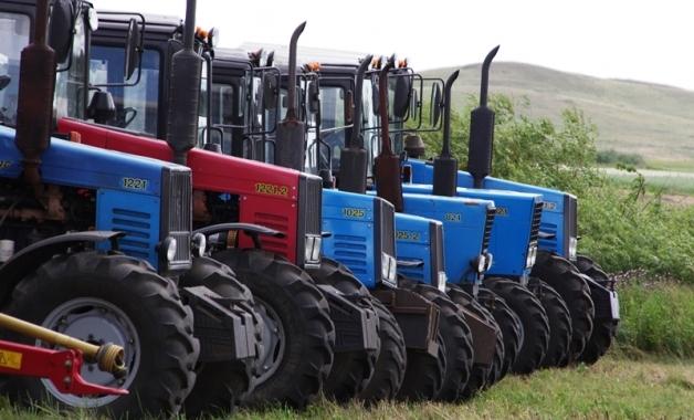 Аграрии Челябинской области первыми в УрФО завершают посевную кампанию. Уже засеяно 92% яровых.