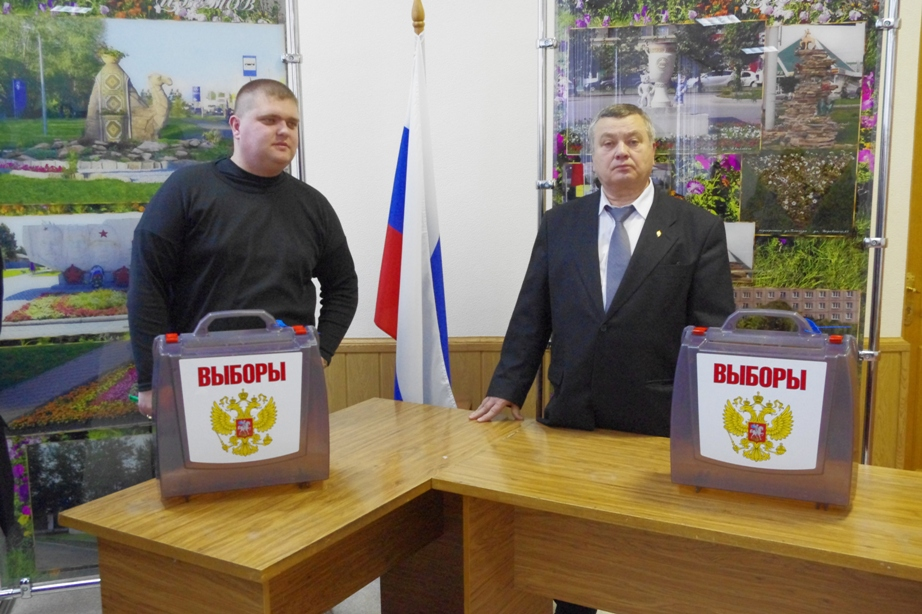 Среди заявленных выдвиженцев два предпринимателя – директор ООО «АльфаСтрой» Олег Иванов и руково