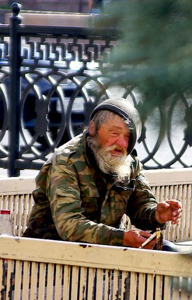 Численность официально зарегистрированных безработных в Челябинской области за апрель месяц может