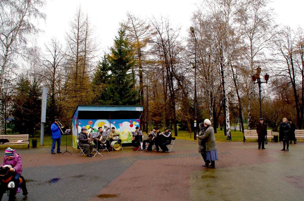 По прогнозам синоптиков ноябрь в Челябинской области будет достаточно теплым и малоснежным.