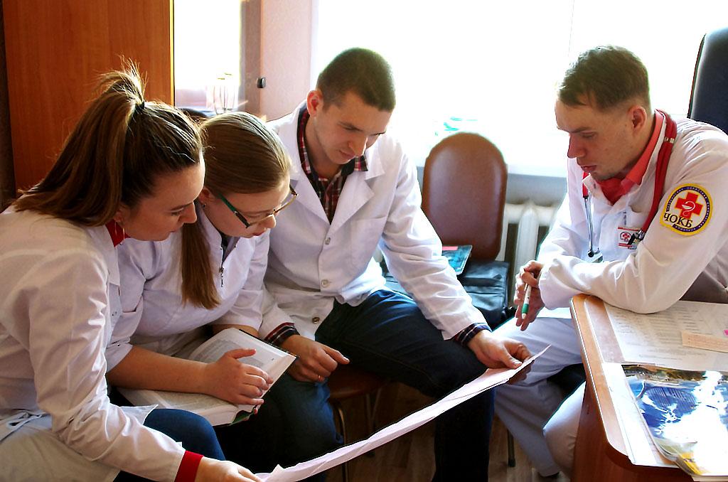 Студенты, которые обучаютсяпо целевому набору в ординатуре Челябинской медакадемии, будут получа
