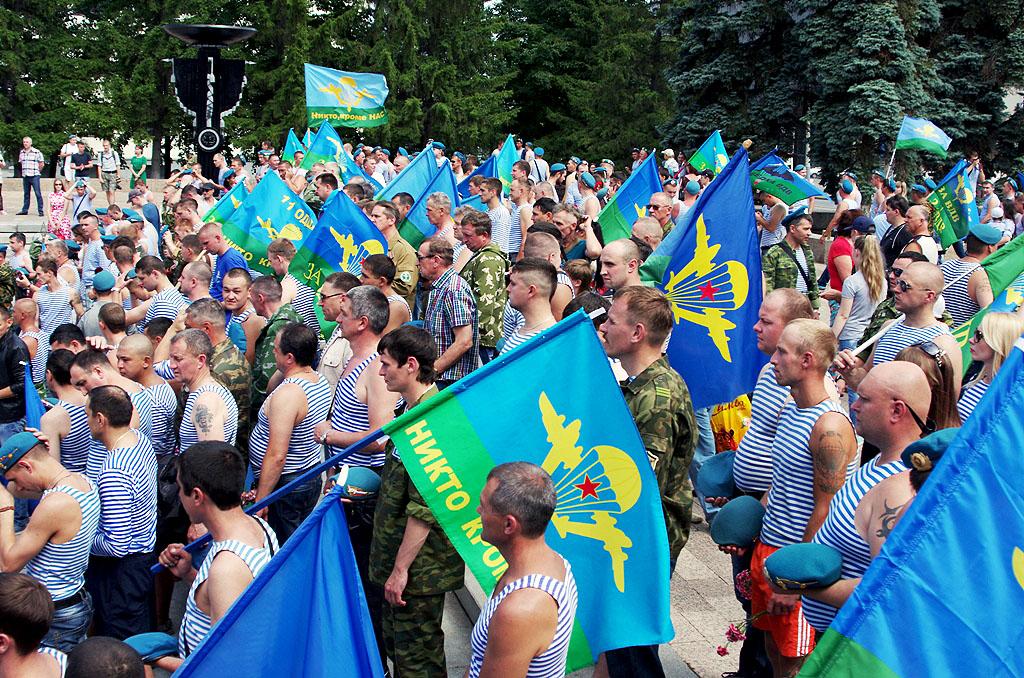 Сегодня, 2 августа, православная Церковь отмечает Ильин день. Святой пророк Илия - один из велича