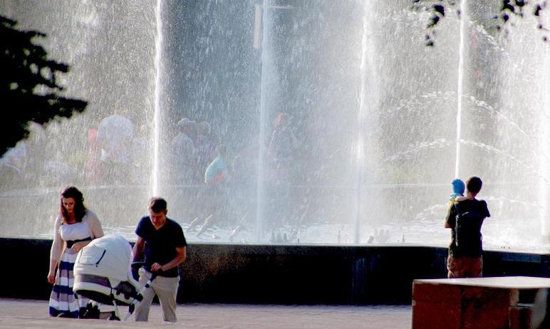 Музыкальный фонтан на Театральной площади Челябинска попал в надежные руки. Горожане могут быть у