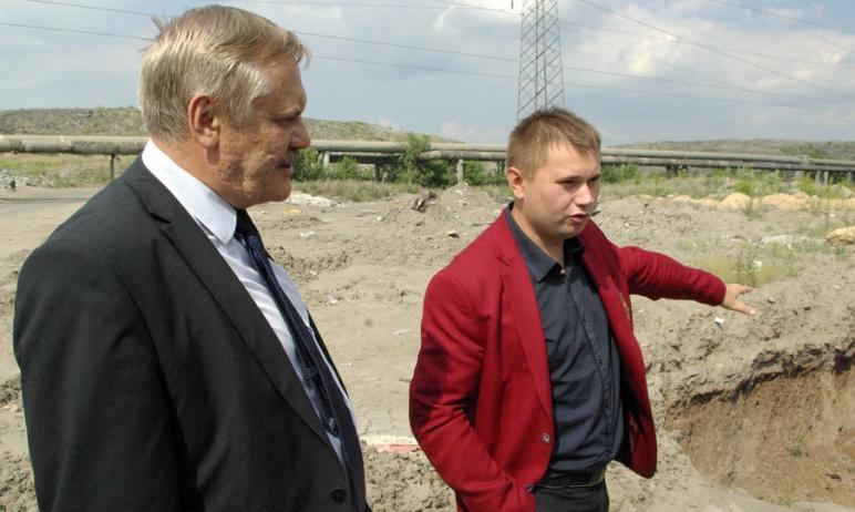 Сегодня, 21 июля, замминистра экологии Челябинской области Виталий Безруков вышел на работу. Вчер