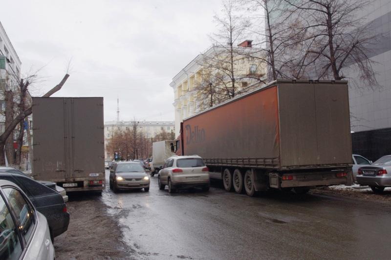 Проблема уже обсуждалась на собрании жителей домов, расположенных по адресу: Советская, 45, 47 и