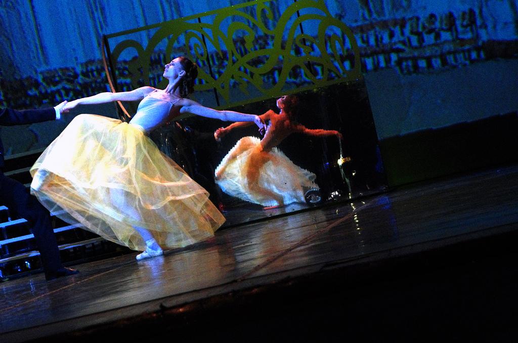 В Челябинском театре оперы и балета имени Глинки сегодня, 30 мая, состоялся показ