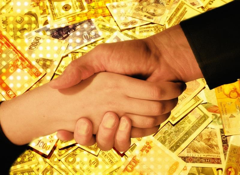 О консолидации российских активов группы Societe Generale было объявлено в феврале 2010 года. В к