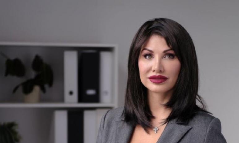 Первый заместитель губернатора Челябинской области Ирина Гехт и детский омбудсмен региона Евгения