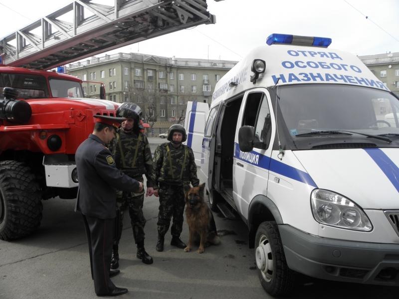 Как сообщает ГУ МВД России по Челябинской области, на место происшествия незамедлительно выехали