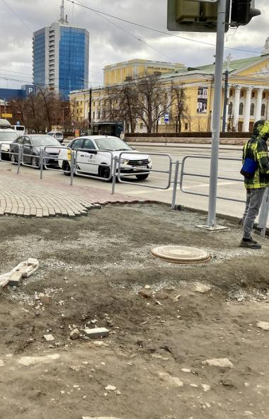 Урбанист Лев Владов сравнил центр Челябинска с умершей провинцией и раскритиковал подход городски