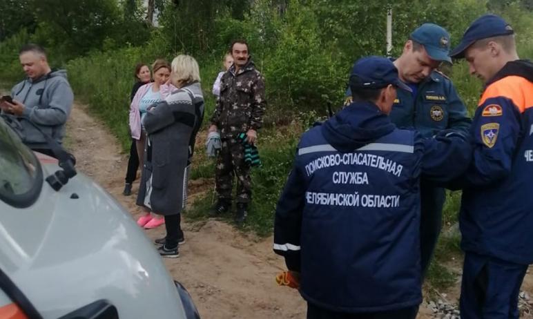 В Златоусте (Челябинская область) весь личный состав спасателей подняли на поиски двухлетнего мал