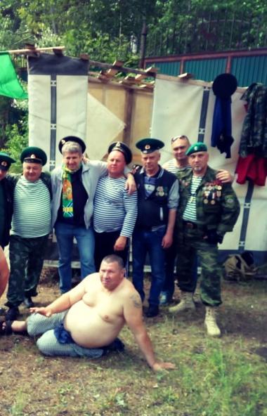 В этом году зеленые береты Челябинска отметили День пограничника узким кругом.  Вчера, 2