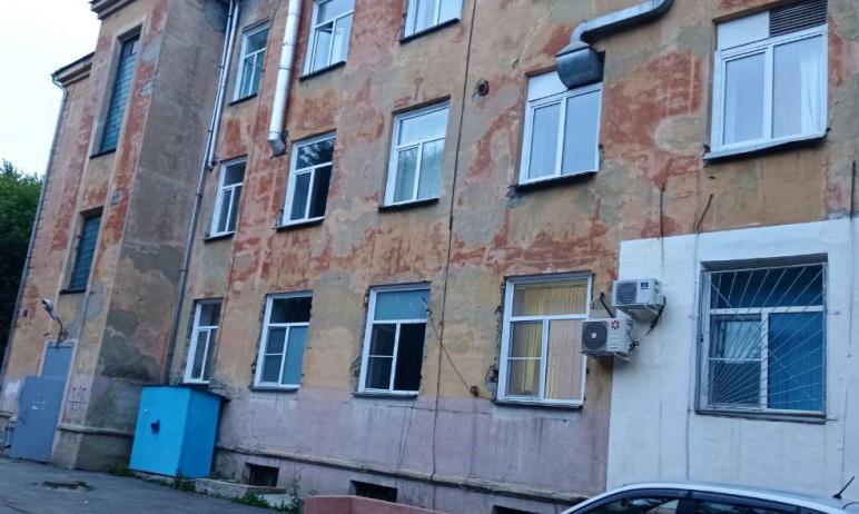 Городская клиническая больница №8 Челябинска ждет заключение государственной экспертизы на ремонт