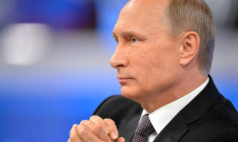 Президент России Владимир Путин во вторник, 24 августа, подписал указ о единовременной денежной в