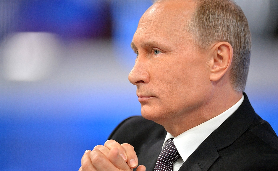 Игорь Холманских освобожден от должности полномочного представителя президента Российской Федерац