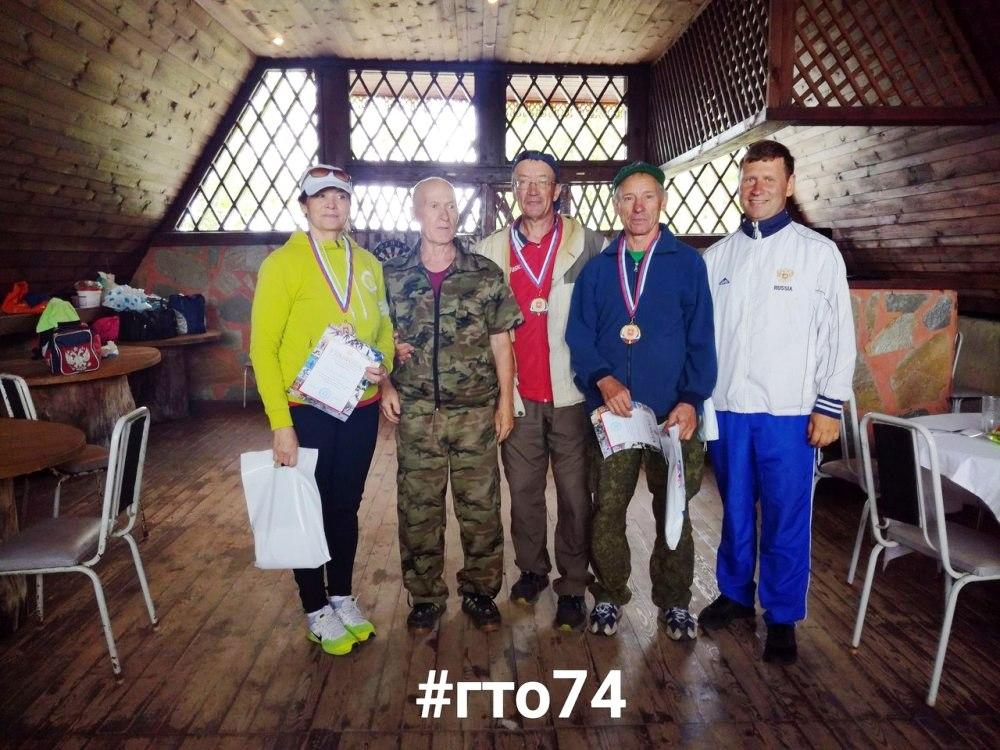 В этот же день на озере Кум-Куль (Челябинская область) в преддверии Дня физкультурника состоялись