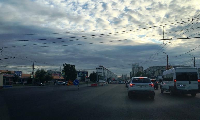 Автомобилисты Челябинска предлагали заместителю главы города по дорожному хозяйству Максиму Куляш