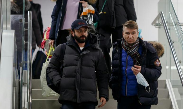 В областной центр прилетели звезды мирового фигурного катания Илья Авербух и Алексей Ягудин. Они