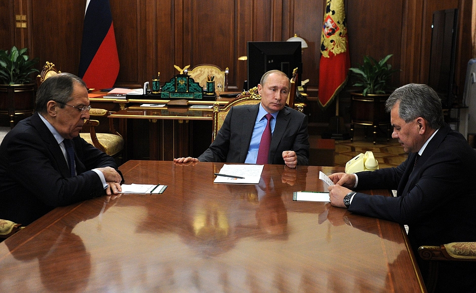 Соответствующий приказ отдал Президент России, Верховный Главнокомандующий Владимир Путин во врем