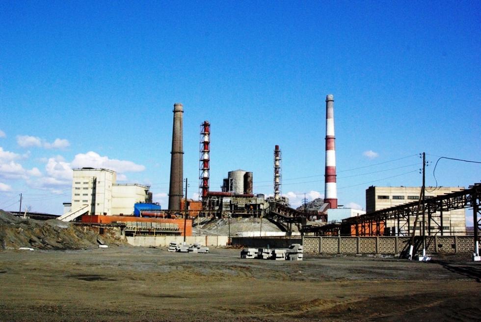 Как сообщил агентству «Урал-пресс-информ» Александр Голов, выплавка меди ведется в Карабаше с 182