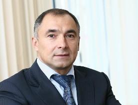 Как сообщает следственный комитет РФ, Эрнест Каримов в период с января по апрель 2012 года получи