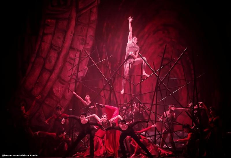 Челябинскому зрителю впервые представят спектакль «Кармина Бурана» как полноценный двухактный бал