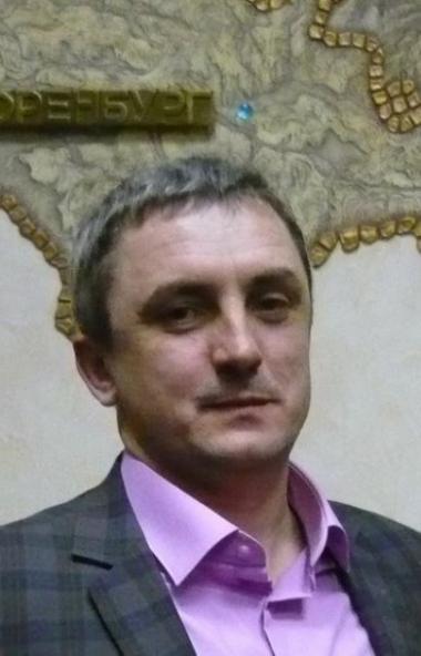 Председатель общероссийской партии «Яблоко» Николай Рыбаков выступил с политическим заявлением в