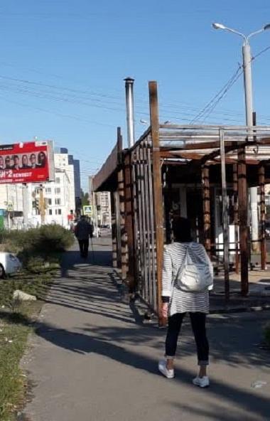 В Челябинске на улице Курчатова (недалеко от перекрестка с улицей Блюхера) ведется строительство