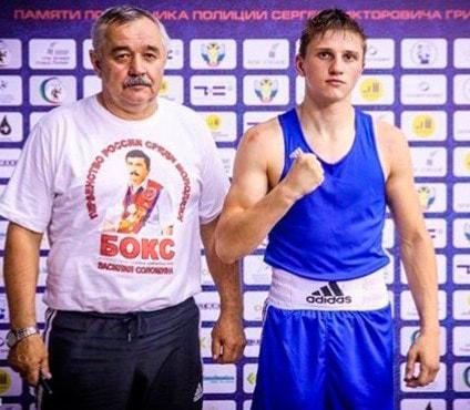 Челябинский боксер отличился в состязаниях среди юниоров в возрасте 19-22 лет, которые прошли в п