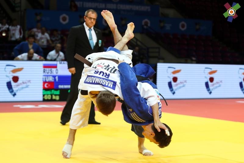 Челябинец Ризван Магомадов добыл бронзовую медаль в командных соревнованиях среди смешанных сборн
