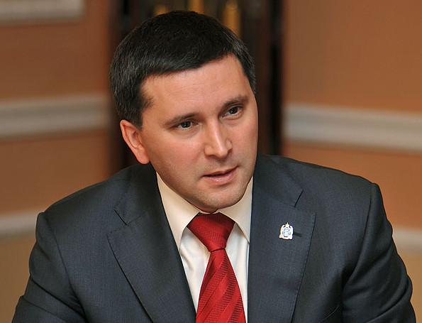 Выступление главы арктического региона состоялось в зале заседаний Законодательного собрания ЯНАО