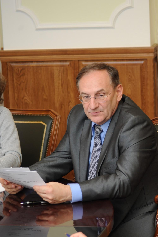 Как сообщили агентству «Урал-пресс-информ» в пресс-службе губернатора, совместно с заместителем п