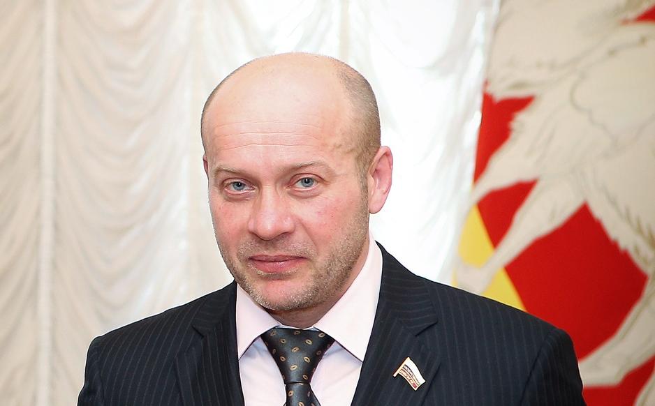 Как сообщает пресс-служба ВС РФ, апелляция либерал-демократа Вайнштейна в отношении единоросса Ко