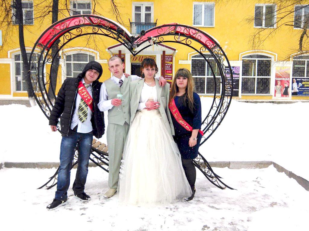 Челябинские чиновники купили сироте квартиру в бараке за 80 тысяч рублей. Как оказалось, квартира
