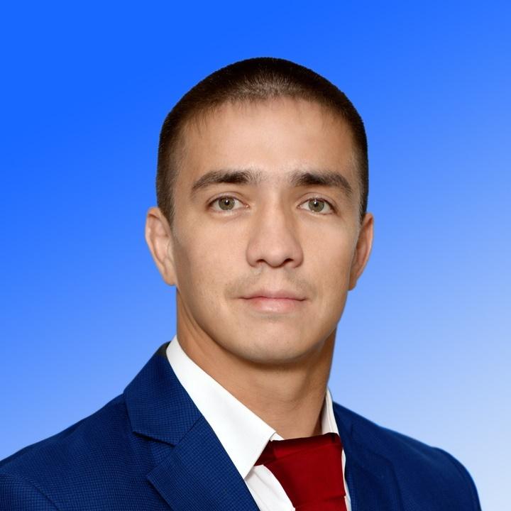 Чемпион России по рукопашному бою, детский тренер Александр Комиссаров подал документы в избирате