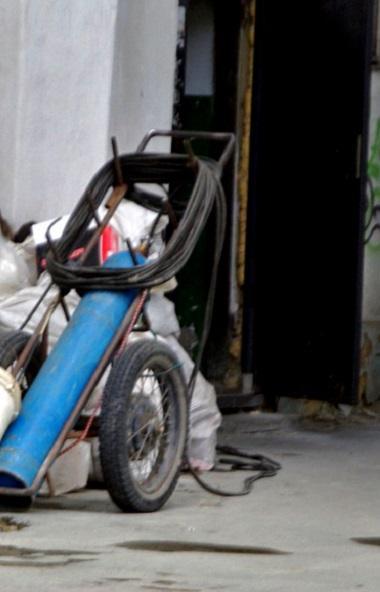 В России высказались за отказ от мусоровопроводов на лестничных площадках не только в новостройка