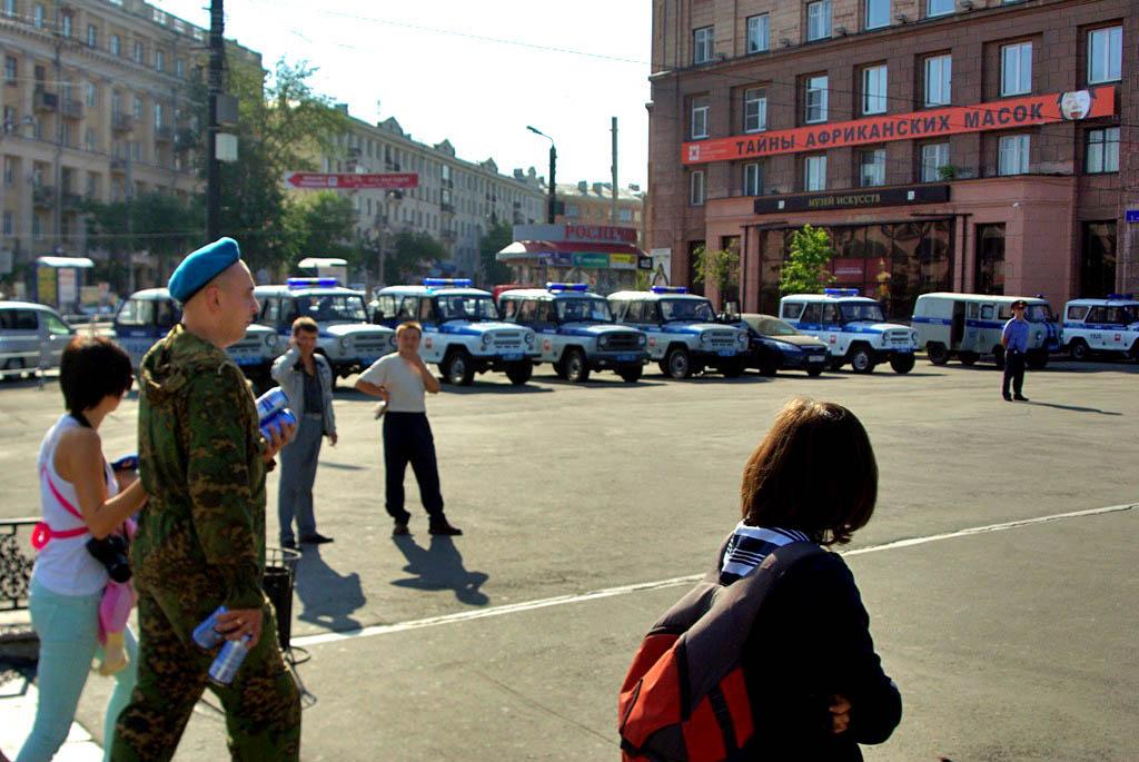 Как сообщили в пресс-службе УМВД по Челябинску, в целом на охрану выйдет около 250 сотрудников по