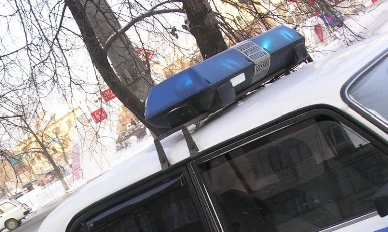 В Сосновском районе Челябинской области в автобус Hyundai, который совершал маневр разворота на т