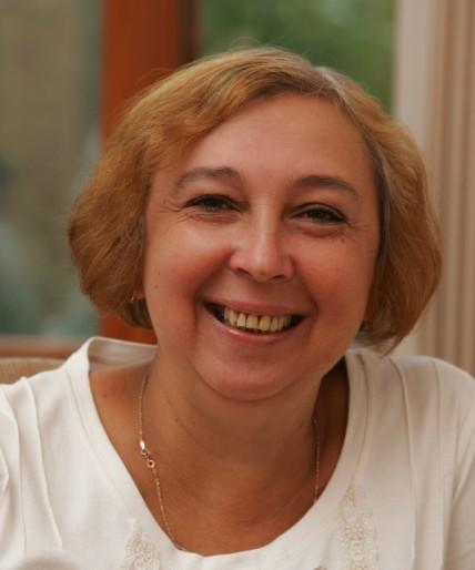 Она отметила, что год от года число педагогов в челябинских школах растет. Только в прошлом году