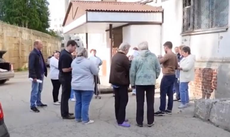 Общественники Златоуста (Челябинская область) заявили об участии покойников в голосовании за смен