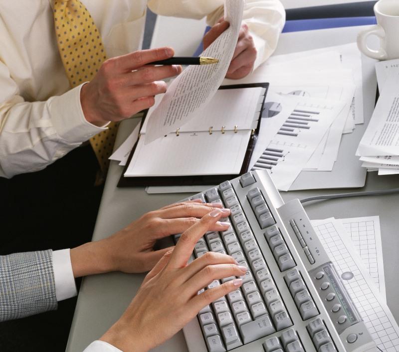 Представители бизнеса используют различные способы оптимизации расходов: переходят из банка в бан