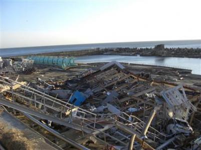 Инженеры на поврежденной АЭС в Японии сейчас пытаются восстановить контроль над реакторами. Они