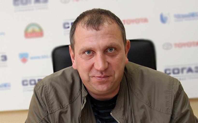 Вячеслав Угрюмов, возглавлявший школу с 2012 года, покинул свою должность. Новым директором школы