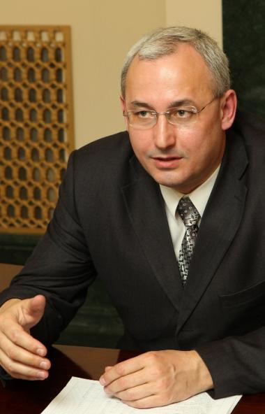 Министр образования и науки Челябинской области Александр Кузнецов заверил, что режим обязательно