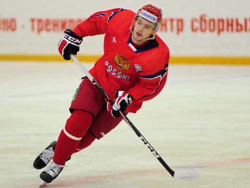 Как сообщает пресс-служба Федерации хоккея России, главный тренер национальной сборной Зинэтула Б