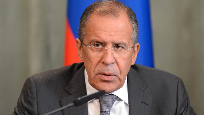 Глава МИД РФ Сергей Лавров сообщил, что министры на встрече договорились двигаться вперед по кажд